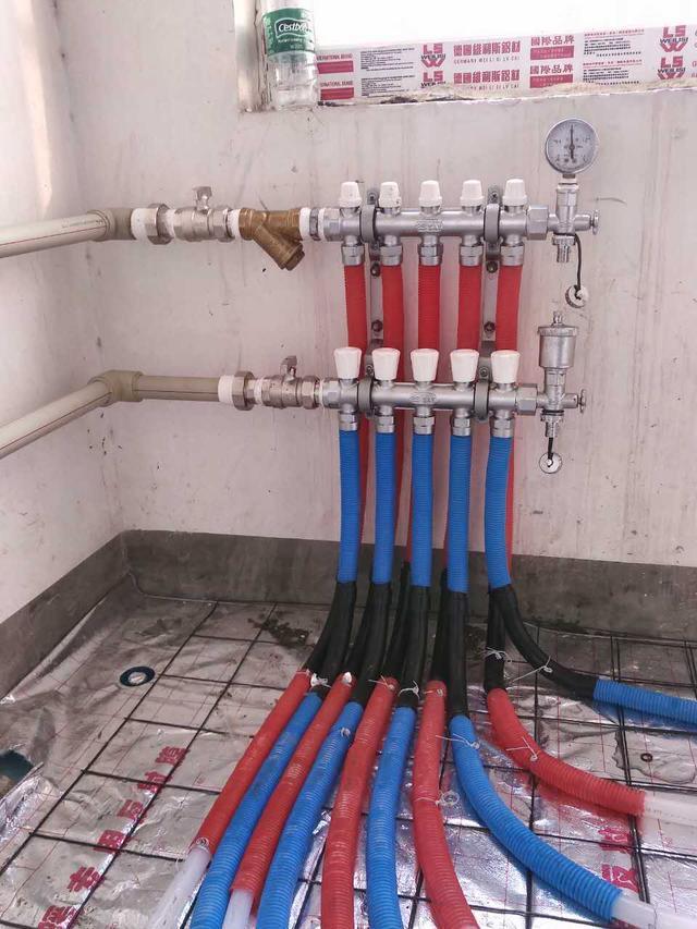业主的地暖安装实图案例,了解一些地暖安装注意事项